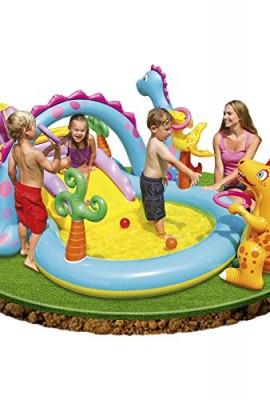 Centro de juegos en agua con piscina infantil