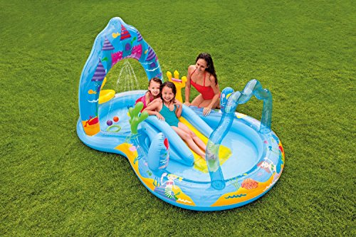 Piscina hinchable con tobogan